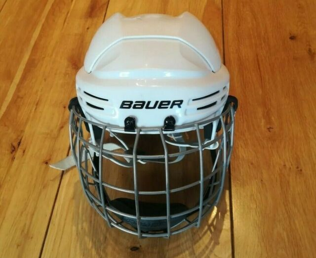 Bauer Ice Hockey Helmet 10 Discount Available Stg In West