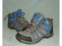 Hiking Boots - Size 5