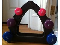 Set of dumbbells (6 kgs/ 2x 1.5, 2x 1, 2x 0.5) with holder