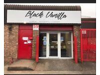Dessert shop/bakery Black vanilla