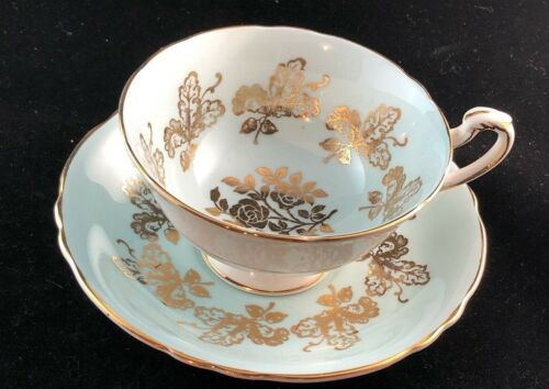 BY APPOINTMENT TO HER MAJESTY THE QUEEN CHINA POTTERS, PARAGON, FINE BONE CHINA