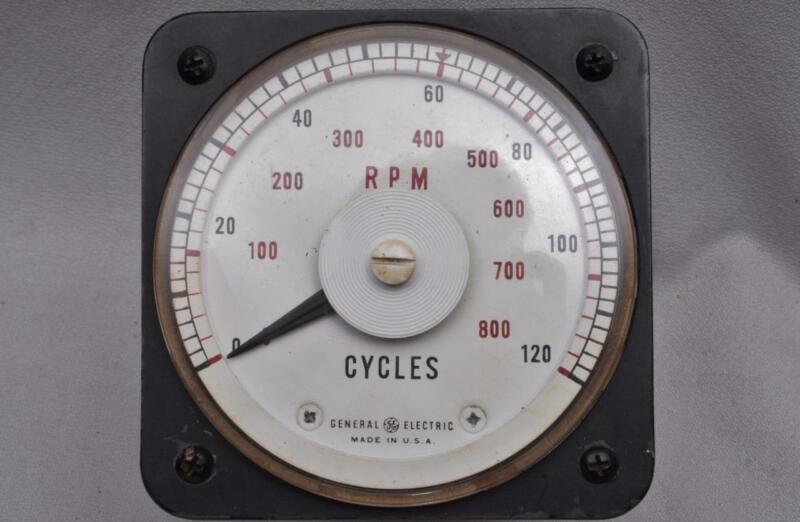 General Electric D-C Ammeter Model 8DB-18A-Y1508 RPM 0-120 Cycles 0-800