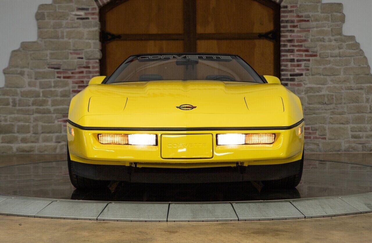1986 Yellow Chevrolet Corvette   | C4 Corvette Photo 5