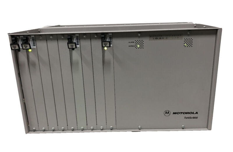 Motorola TeNSr/800 Repeater Channel Bank IMACS/800 with Cards