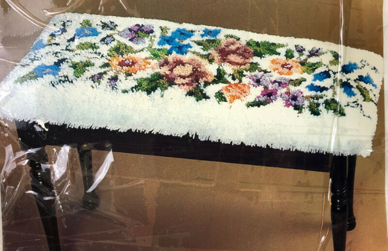 "Vintage 1980 Bernat Tabrette Yarn Latch Hook Kit 15x33"" Flowers Piano Bench Rug"