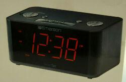 Emerson ER100201 Smart Set FM Radio Alarm Clock Dual Alarm Speaker Red LED Displ