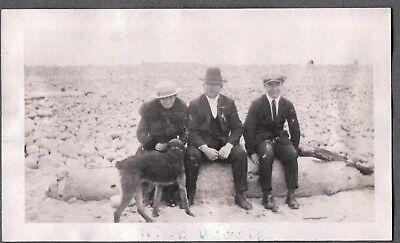 VINTAGE PHOTOGRAPH 1920'S WOMAN'S MEN HAT FASHION AIREDALE TERRIER DOG OLD PHOTO (1920s Men Fashion)