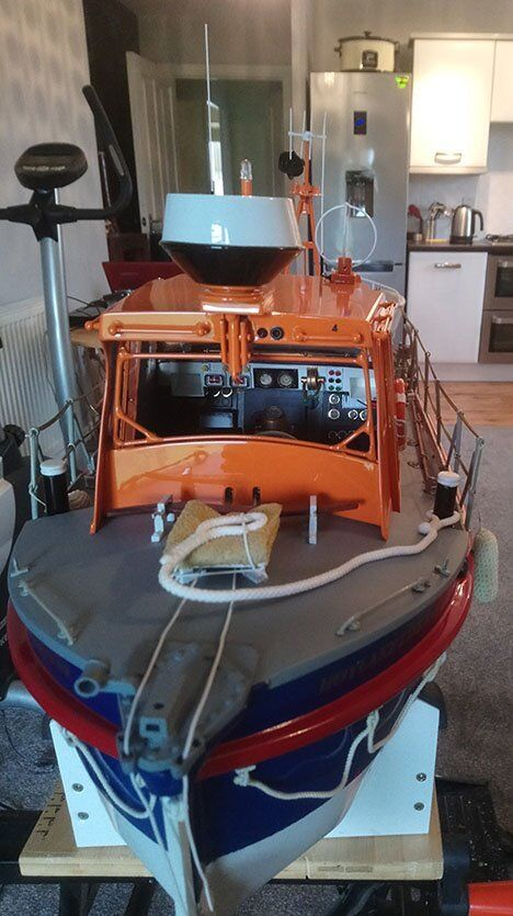 Rother Class Lifeboat 1\12th scale