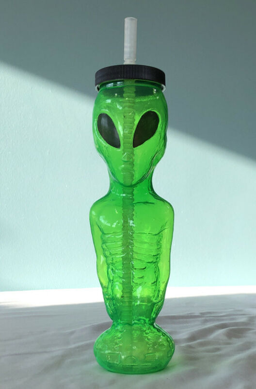 Rare Vtg 1997 Green Roswell Alien Plastic Drinking Travel Cup Halloween Prop