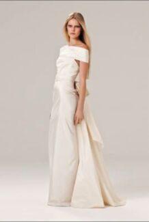 Wedding dress - Carla Zampatti - size 6 Edgecliff Eastern Suburbs Preview