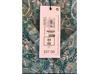 New with Tags Marks & Spencer Ladies Top (size 24)