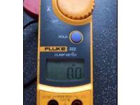 Fluke 322 clamp meter