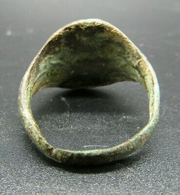 Large Roman bronze finger ring, 3rd-4th century