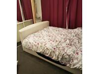 Kingsize tv bed