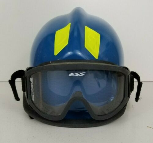 Cairns 360R Firefighter Helmet Low Profile Rescue w/ Goggles MFG. 2018.