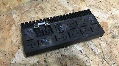 AUDI 80 B3 B4 CABRIOLET COUPE SALOON RELAY FUSE BOX 443941822A