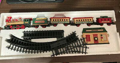 Vintage 1995 New Bright Holiday WintersViile Express Train Set #174 Christmas