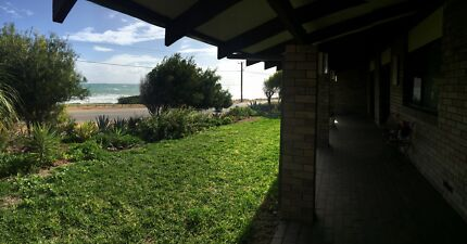 SHORT TERM ACCOMMODATION-FULLY SELFCONTAINED 3 BEDROOM VILLA Beresford Geraldton City Preview
