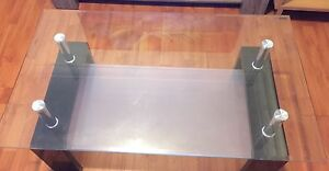glass coffee table excellent condition Macquarie Fields Campbelltown Area Preview