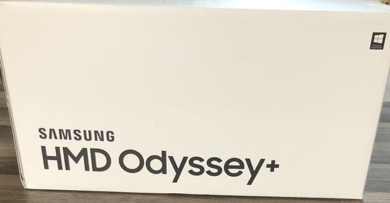 Samsung Odyssey+ [Plus] VR Headset w/ Controllers - Original box - Nice Item