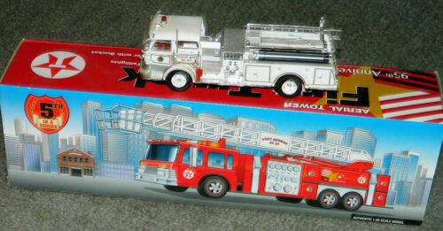 TEXACO AERIAL TOWER FIRE TRUCK 95TH ANNIVERSARY 1997 UNOPENED BOX & BONUS