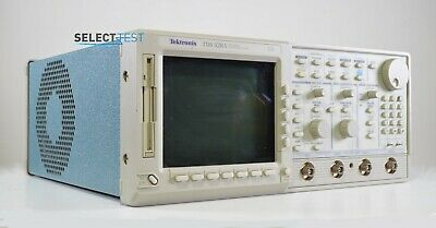 Tektronix Tds520a 500 Mhz 500 Mss 2 Channel Oscilloscope Look Ref. G