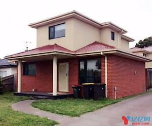 5 Min to Clayton Station, 3 ensuite Townhouse for rent Clayton Monash Area Preview