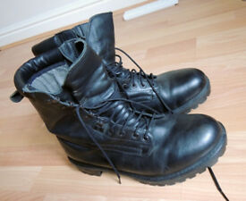 Leather boots for sale - steel cap, water proof, warm and in good condition - size 10