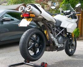 Ducati Multistrada 1100s - White S Model Ohlins Suspension + Carbon £2700 ONO