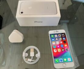 Silver Apple Iphone 7 128GB Factory Unlocked To All Networks + Warranty