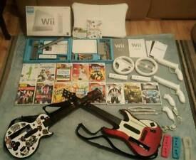 Huge Wii bundle Boxed Wii fit board plus 14 games
