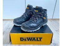DEWALT Laser Safety Boots nearly new Size 9