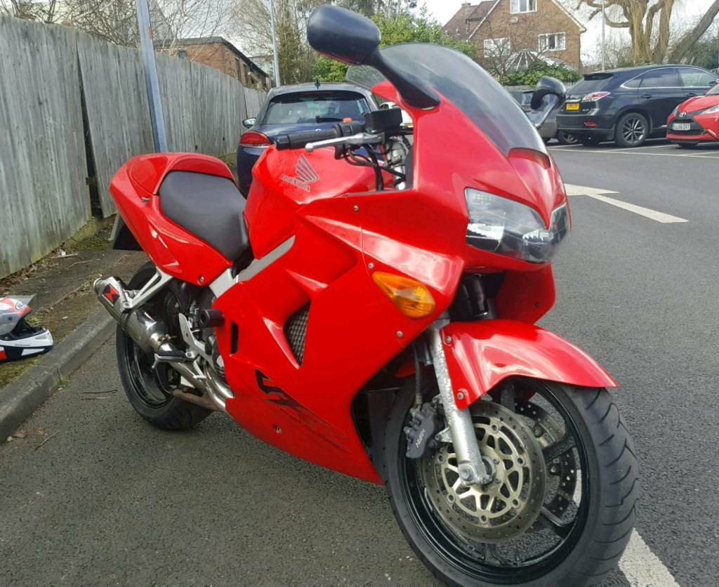 honda vfr 800 fi for sale or swap for tiger 955i v strom 1000 or tdm 900 in bushey heath. Black Bedroom Furniture Sets. Home Design Ideas