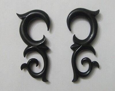Pair Hand Carved BUFFALO HORN TRIBAL FLORAL SPIRAL TAPER EAR HANGING PLUG GAUGES ()