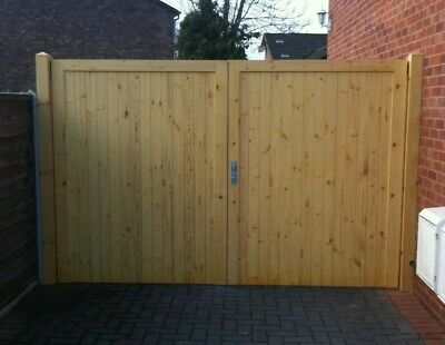 Solid Wood Timber Driveway Gate! Made to measure! Bespoke!