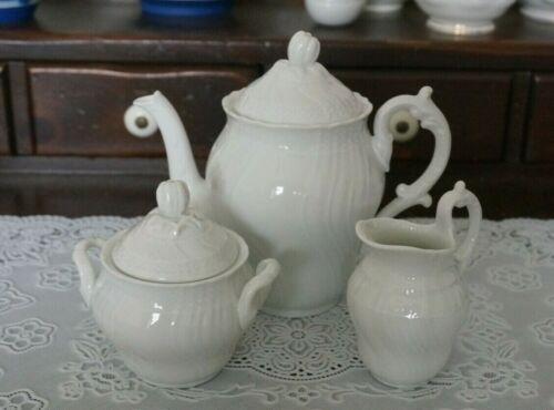 VINTAGE Richard Ginori Vecchio Bianco White Teapot, Creamer & Sugar Bowl, Italy