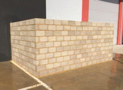 Bricklayer & plasterer
