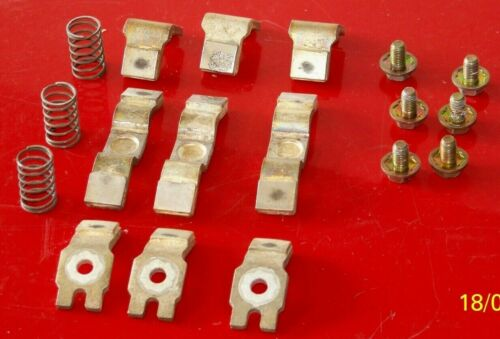 40440-300-51 Allen Bradley size 4 contacts (set of 3 contacts)