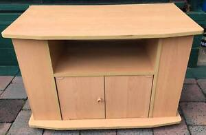 Excellent condition TV unit for sale. Delivery available Kingsbury Darebin Area Preview