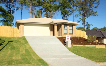Available Now. 4 Bedroom House FOR RENT Coomera ***PETS!!!