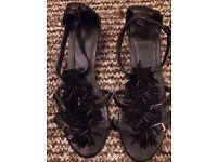 Flat sandals size 38