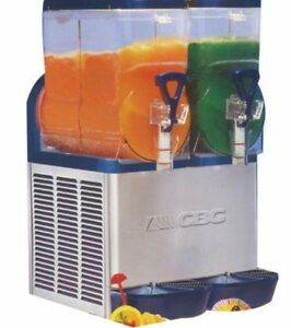 Cheap slushie machine hire $150 a night Riverton Canning Area Preview