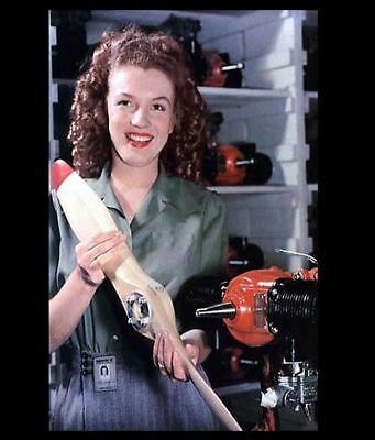 Marilyn Monroe PHOTO WW2 Pinup Yank Magazine Girl Marilyn Monroe 1945 US Army
