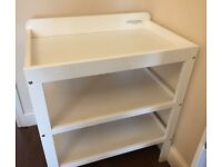 John Lewis Baby Changing Table Excellent Condition. £20 Pick up North Harrow