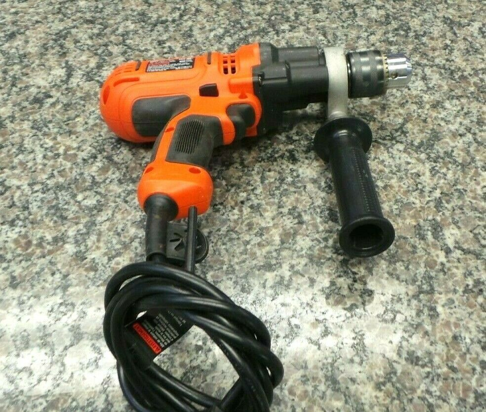 Black And Decker DR560 1/2 In. Keyed Corded Drill 118003-2 R LOC. D1  - $9.95