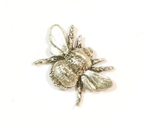 Bumble Bee Honey Small Pewter Pin Badge Brooch UK