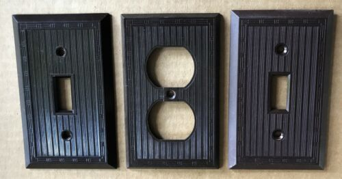 Deco Ribbed Hubbell Brown Bakelite Electric Outlet Light Switch Plate Wall Cover