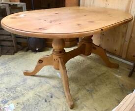 5' pine table. CHRISTCHURCH