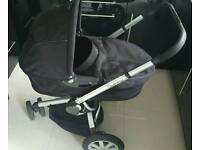 Quinny Buzz and Dreami Carrycot travel system