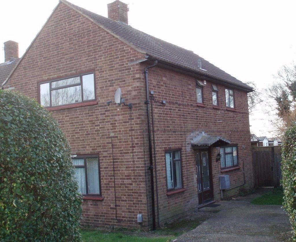 Large 4 Bedroom House To Let In Hatfield In Hatfield